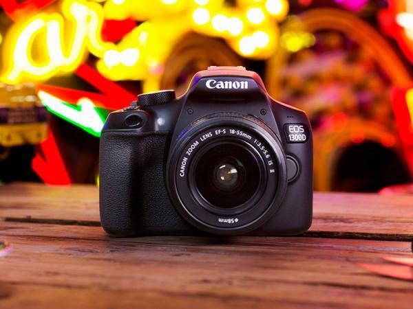 canon-eos-1300d-bk