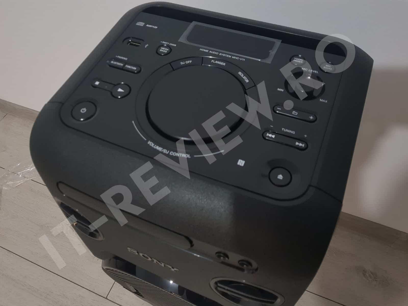 Consola Sony MHCV11